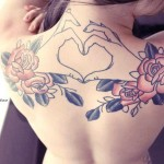 cute-girl-back-tattoo