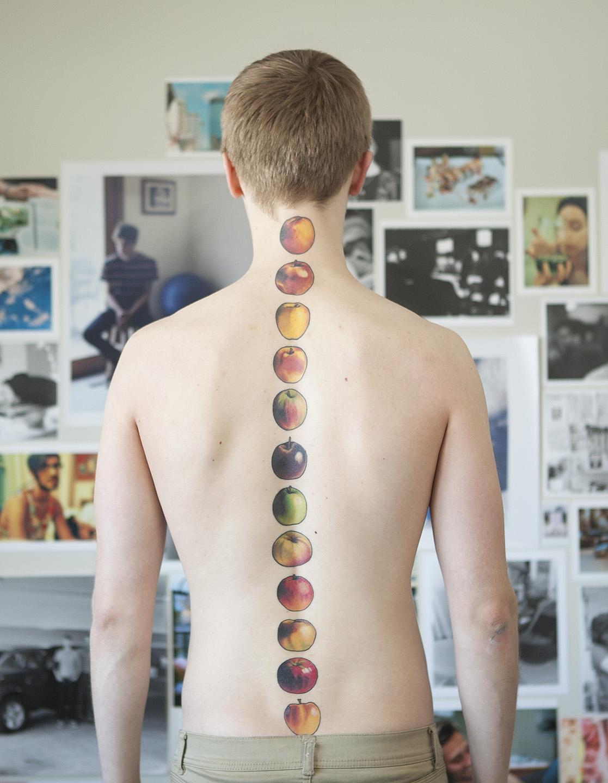 apples spine tattoo best tattoo design ideas. Black Bedroom Furniture Sets. Home Design Ideas