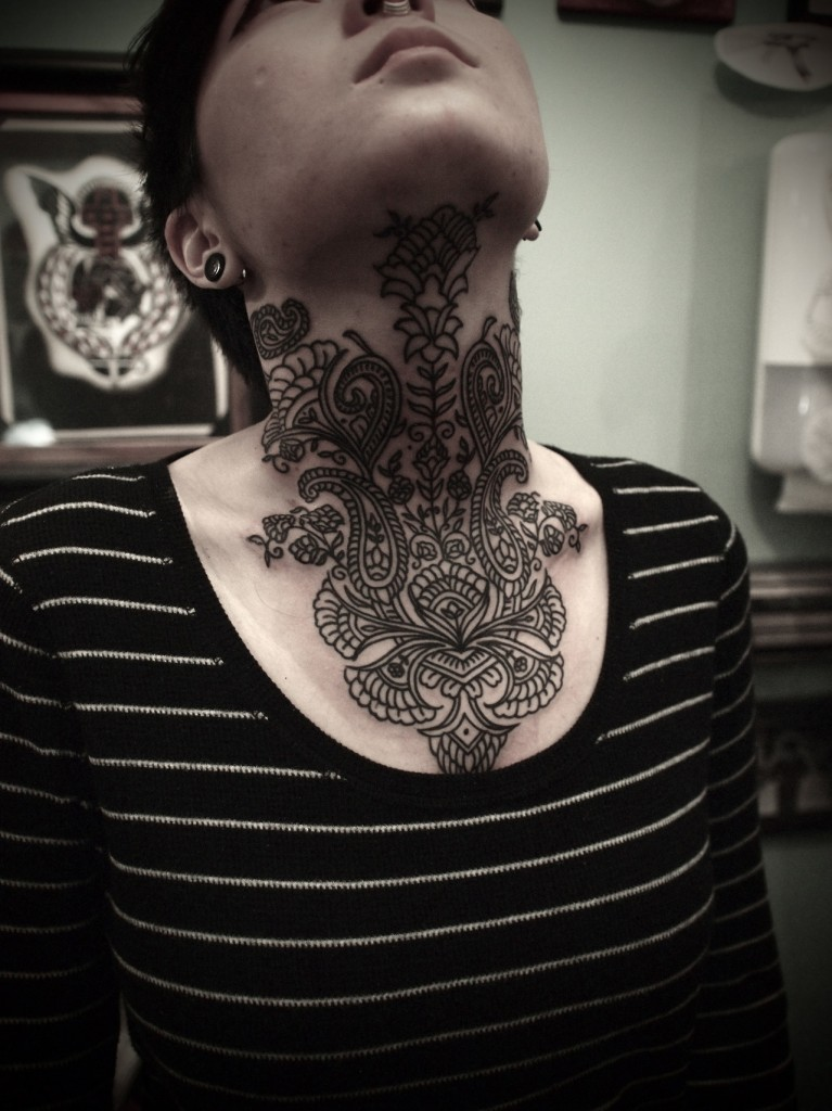 Amazing neck tattoo