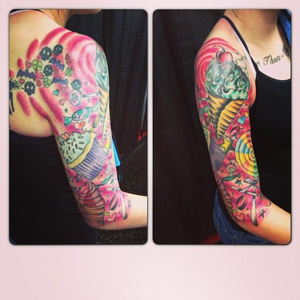 Colourful sleeve