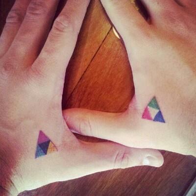 Minimal triangle color
