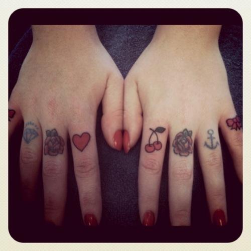 cute finger tattoos best tattoo design ideas. Black Bedroom Furniture Sets. Home Design Ideas