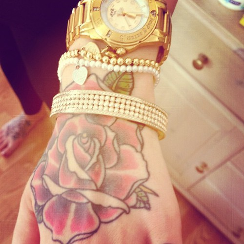 Nice hand rose tat