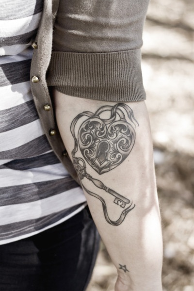 tattoo on pinterest oak tree tattoo lock tattoo and lock key tattoos. Black Bedroom Furniture Sets. Home Design Ideas