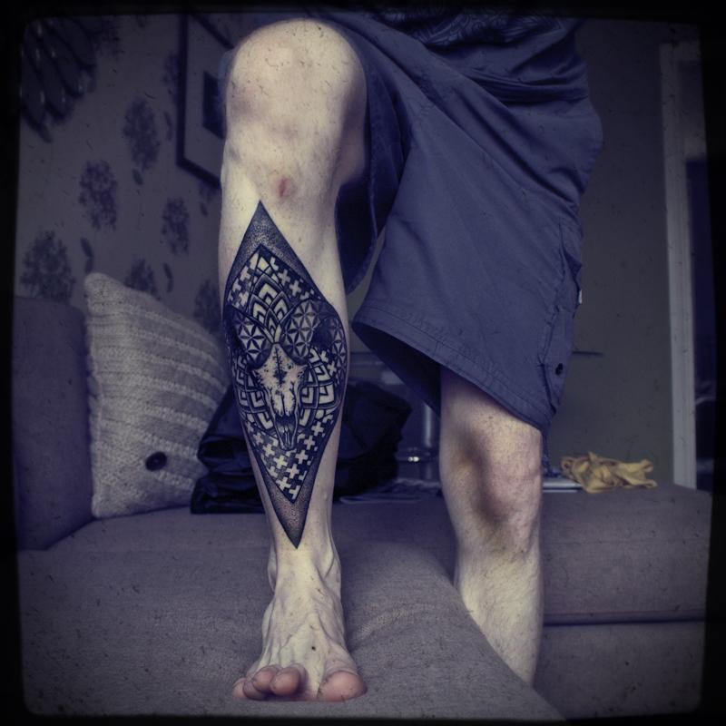 Black Leg Rhombus Tattoo