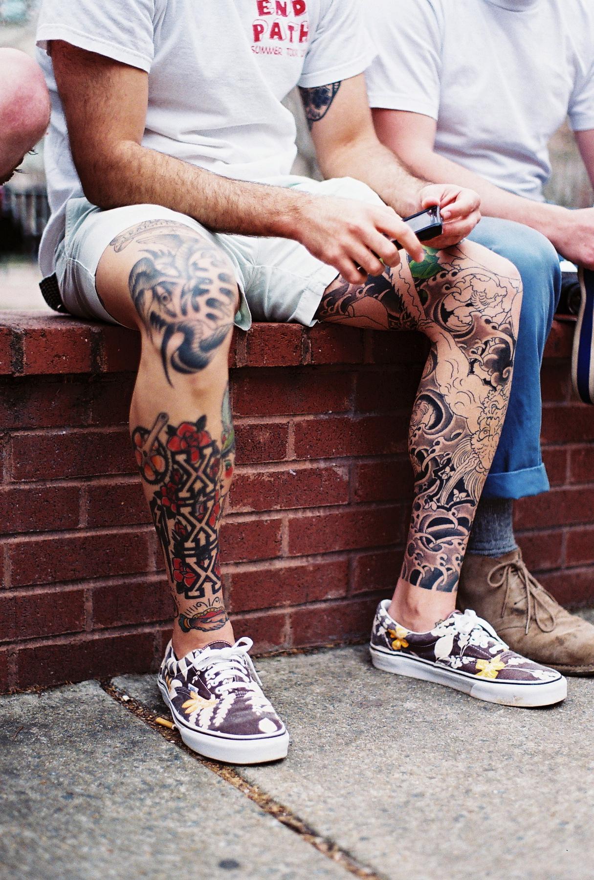 Фото татуировки на ногах мужские