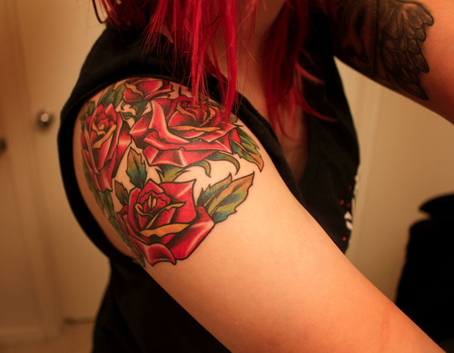 Roses Shoulder