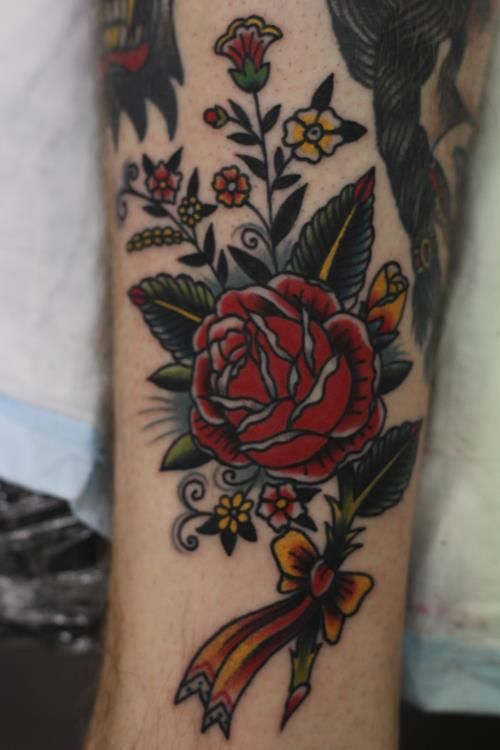 Traditional american rose tattoos photo