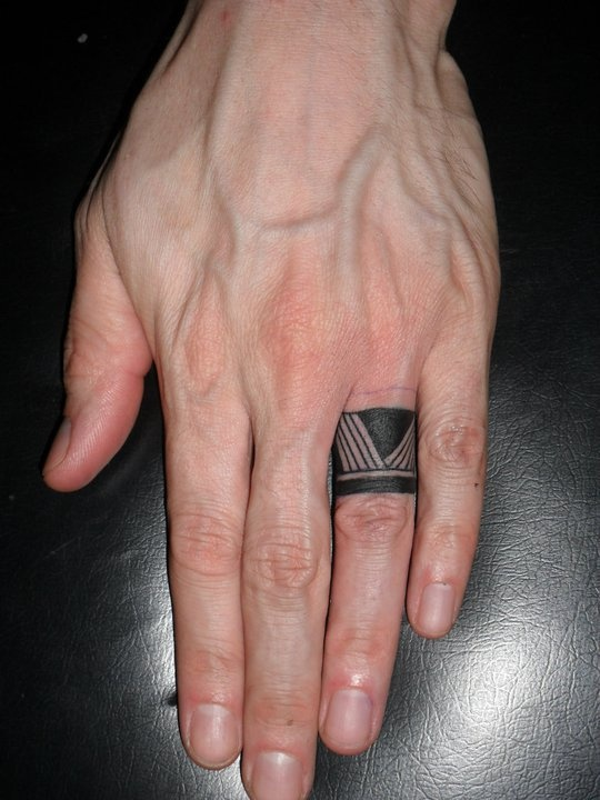 14a5e29bc Minimal Black Tat On Finger | Best tattoo design ideas