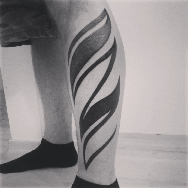Black Tribal Leg Tat