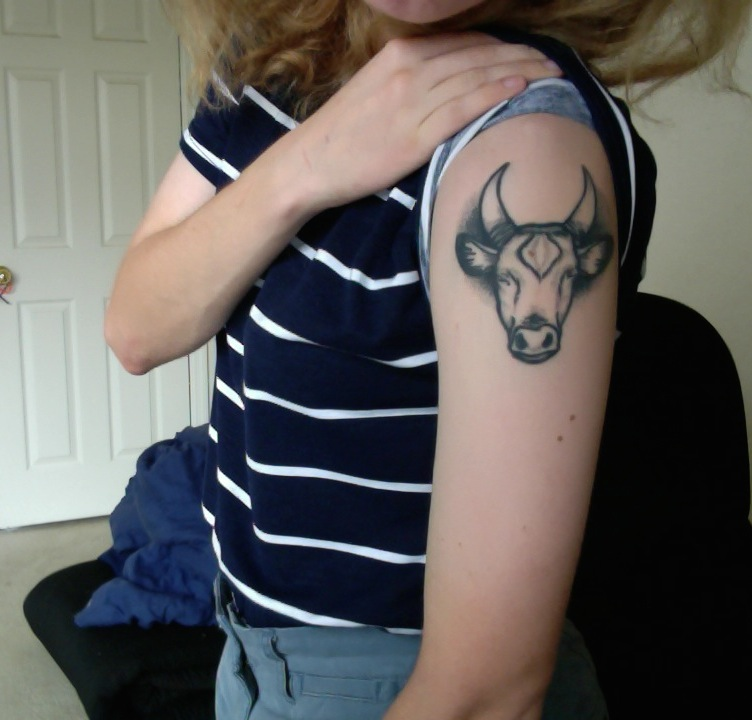 taurus tattoo best tattoo design ideas. Black Bedroom Furniture Sets. Home Design Ideas