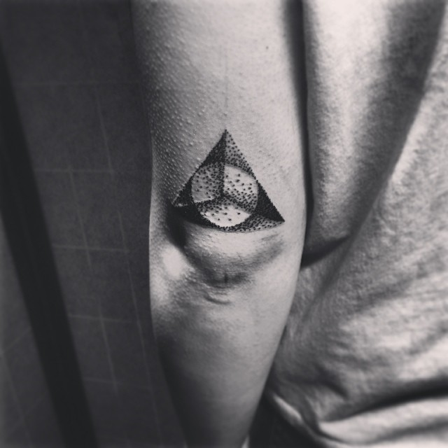 on pinterest triangle tattoos sacred geometry tattoo and triangles. Black Bedroom Furniture Sets. Home Design Ideas