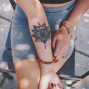Beautiful Henna Arm Tattoo
