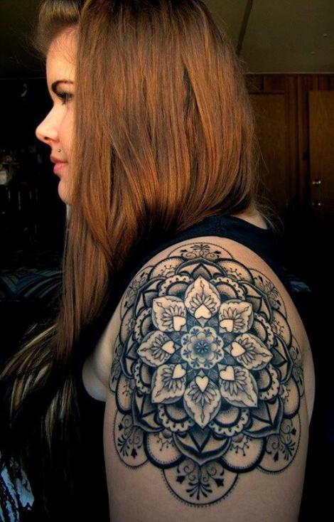 Awesome mandala shoulder tattoo best tattoo ideas designs for Mandala shoulder tattoo