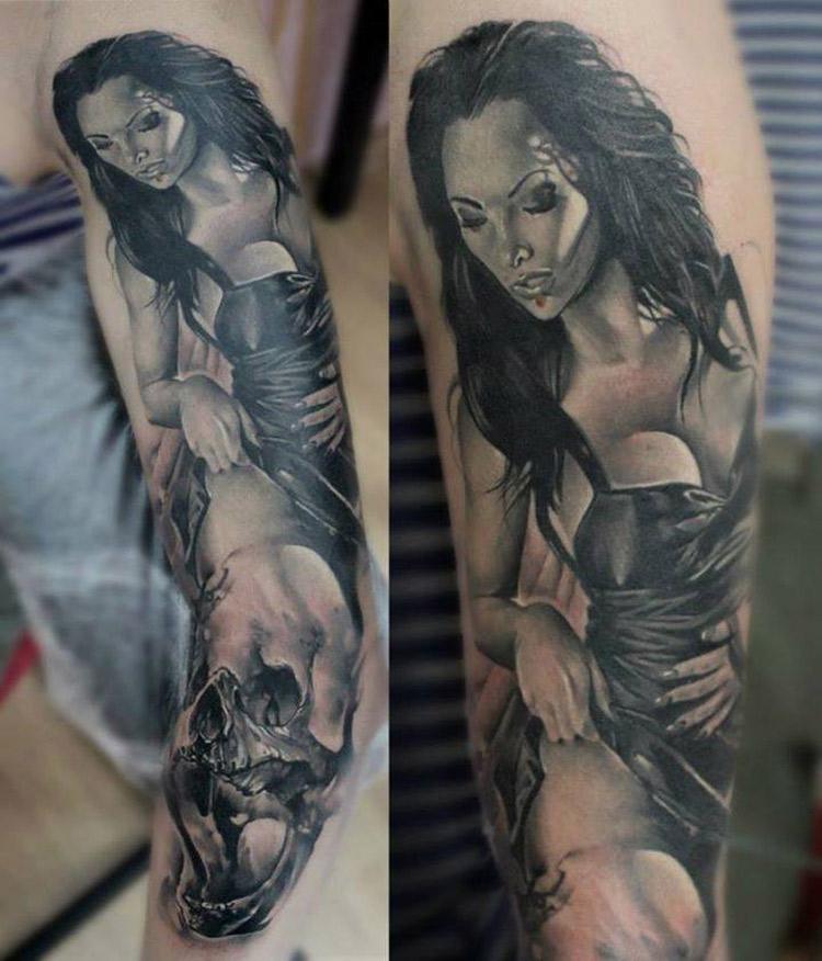 Pin-Up & Skull Tattoo