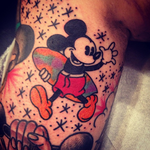 Surfing mickey tattoo best tattoo design ideas for Disney temporary tattoos mickey mouse