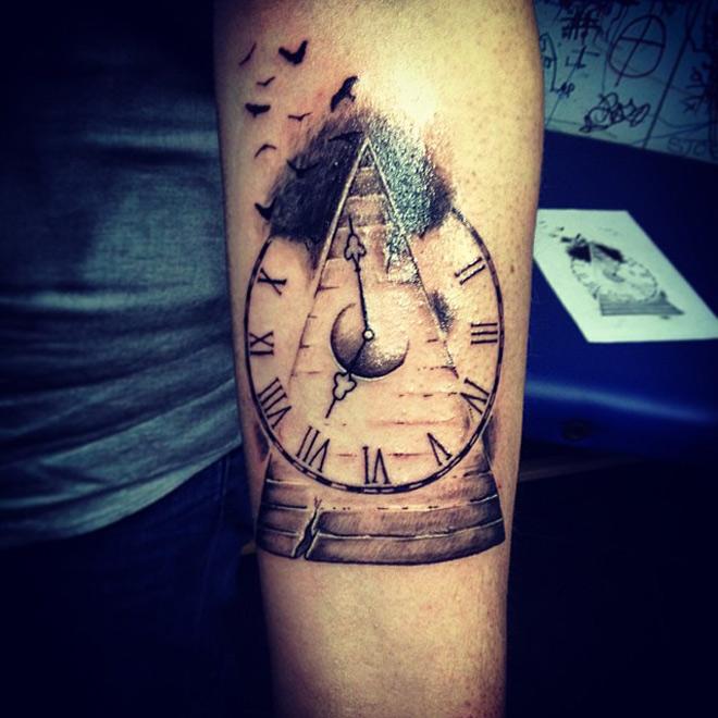 Time Flies Tattoo Best Tattoo Design Ideas