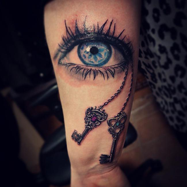 eye keys tattoo best tattoo design ideas. Black Bedroom Furniture Sets. Home Design Ideas
