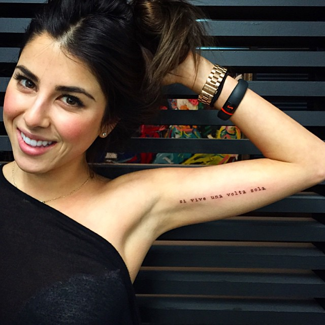 Tattoo Quotes You Only Live Once But If Done Right: Si Vive Una Volta Sola (You Only Live Once)