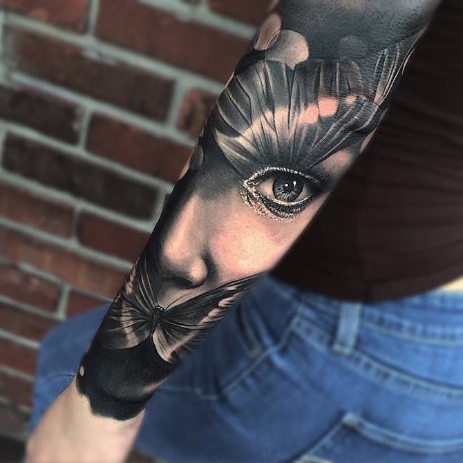 Face & Butterfly Sleeve