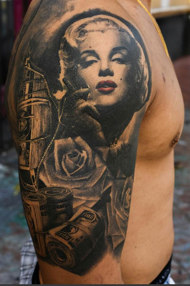 Marilyn Monroe Sleeve