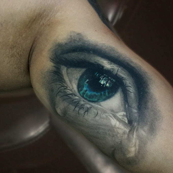Realistic Eye Crying