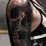Realistic Skull Sleeve
