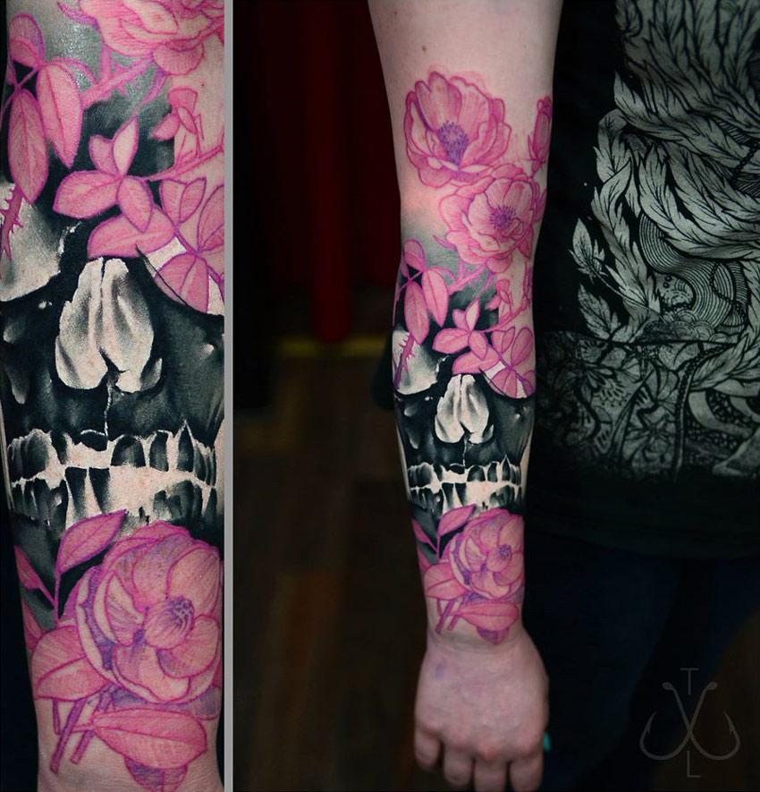 Skull & Flowers Tattoo