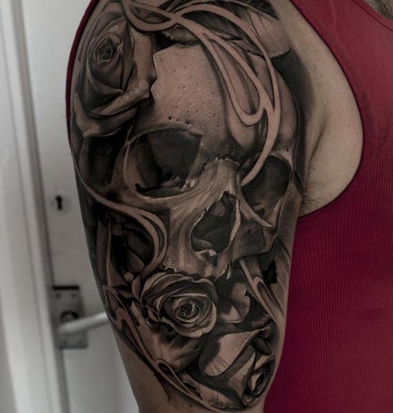 Grey Skull Tatt