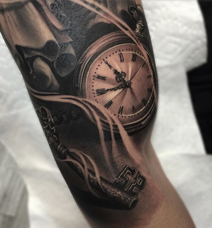 Realistic pocket watch skeleton key best tattoo design for Pocket watches tattoos