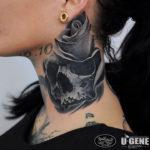 Grey skull & rose