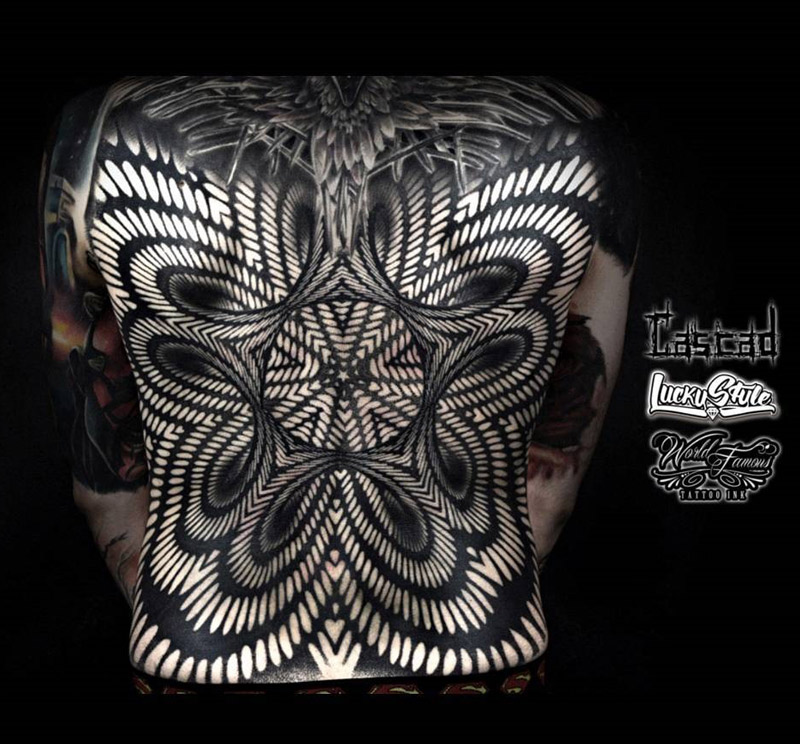 abstract 3d pattern on guys back best tattoo design ideas