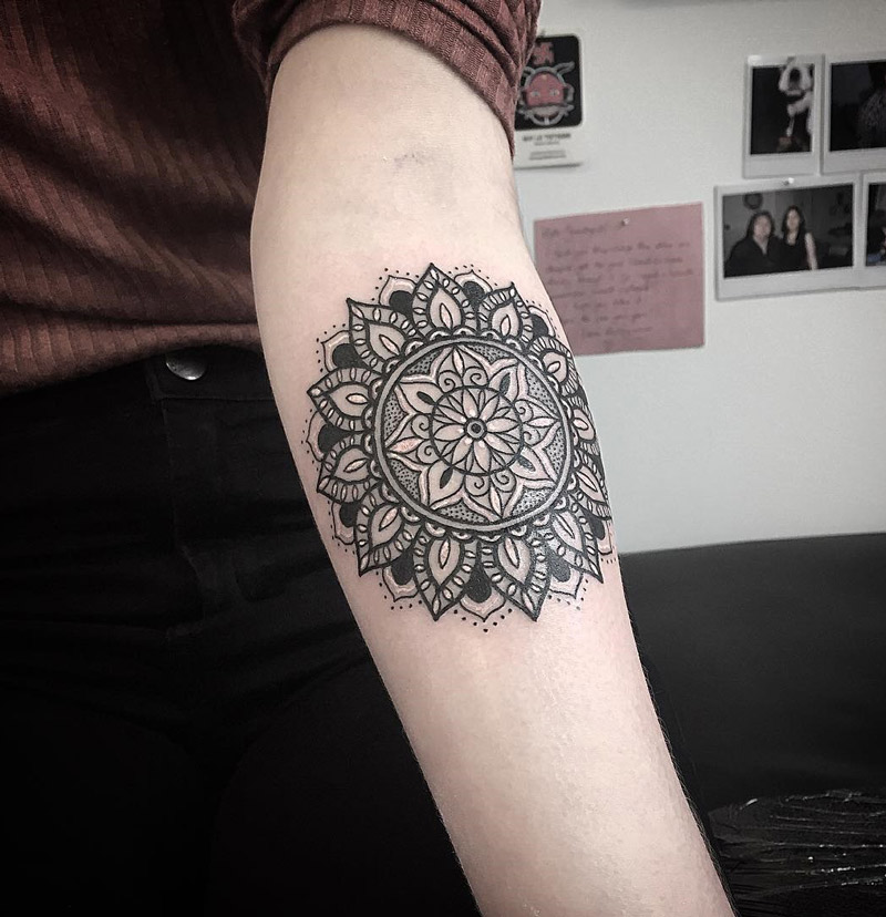 mandala forearm best tattoo design ideas. Black Bedroom Furniture Sets. Home Design Ideas