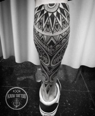 Maori Tribal Leg Tattoo