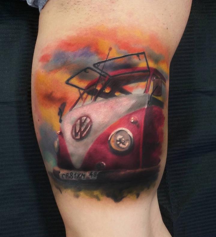 vw camper van on guy 39 s arm best tattoo design ideas. Black Bedroom Furniture Sets. Home Design Ideas