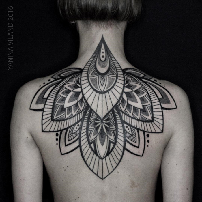 moth wrist tattoo best tattoo design ideas. Black Bedroom Furniture Sets. Home Design Ideas