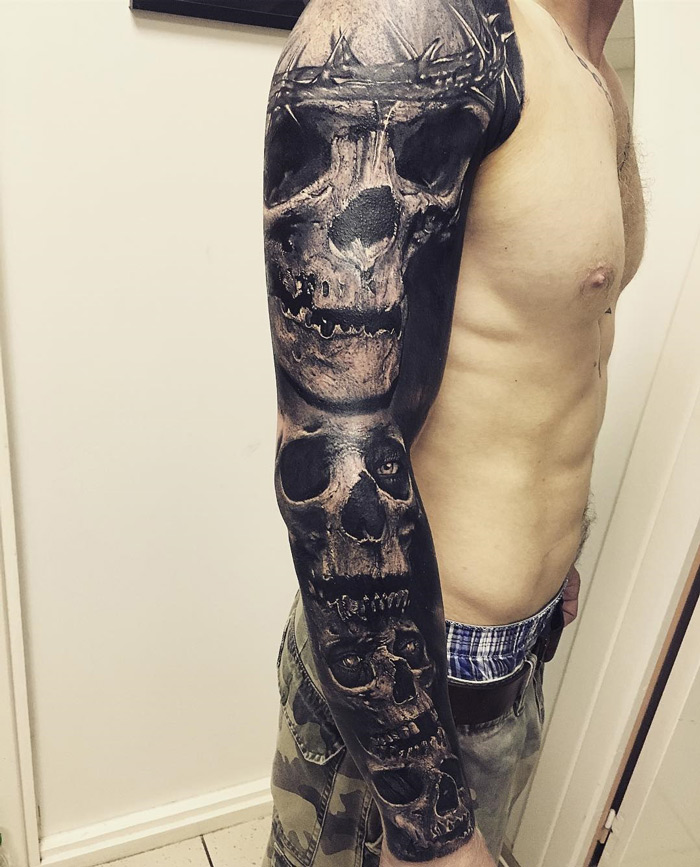 Dark Skulls Sleeve