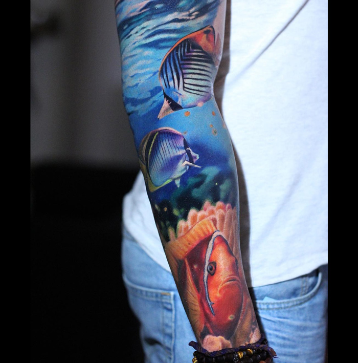 Tropical fish sleeve