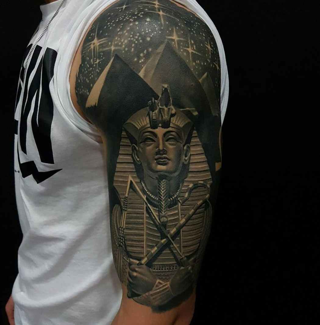 tutankhamun pyramids egypt half sleeve best tattoo design ideas. Black Bedroom Furniture Sets. Home Design Ideas