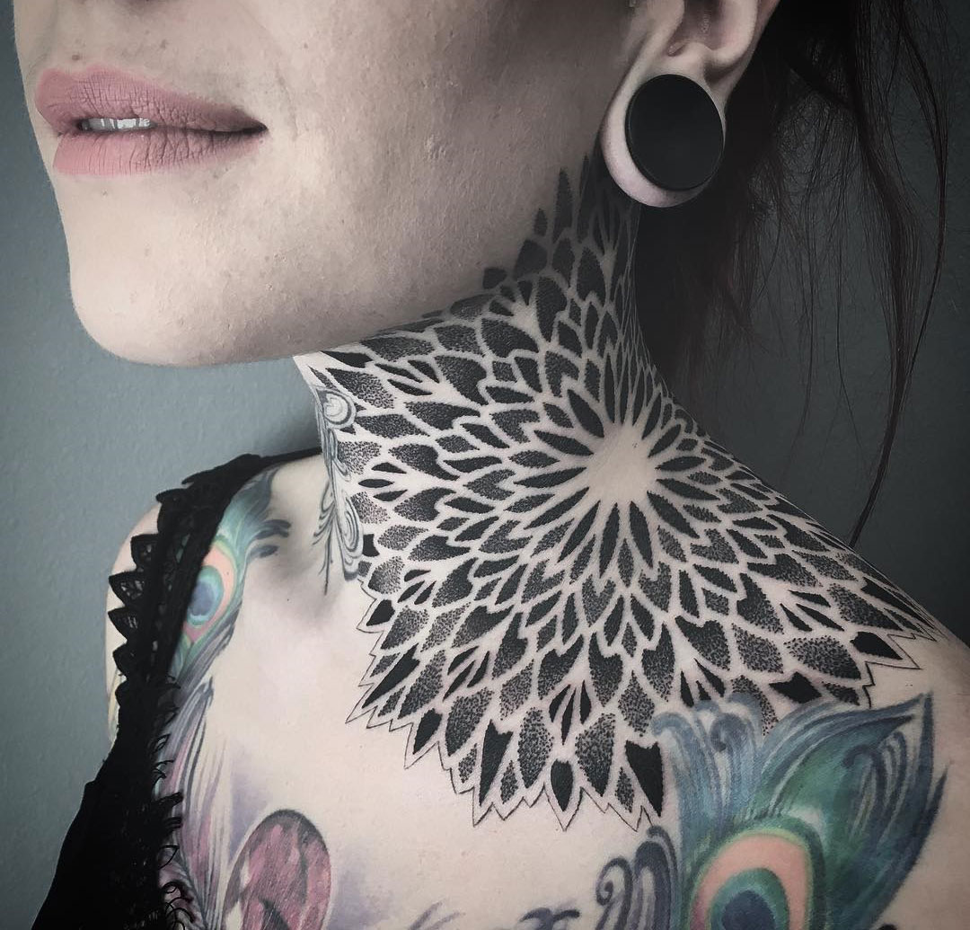 mandala neck tattoo best tattoo design ideas. Black Bedroom Furniture Sets. Home Design Ideas