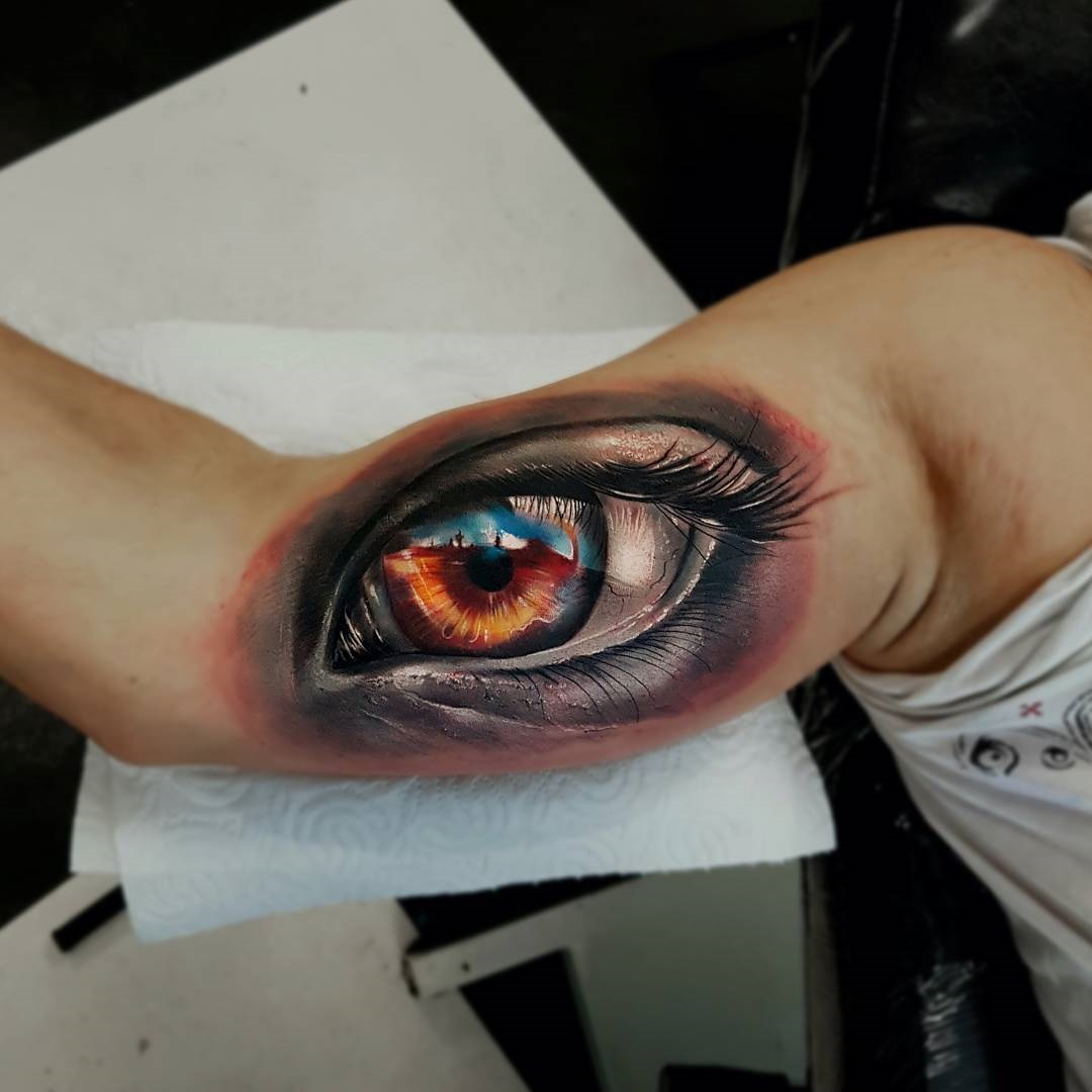 Human Eye Arm Piece