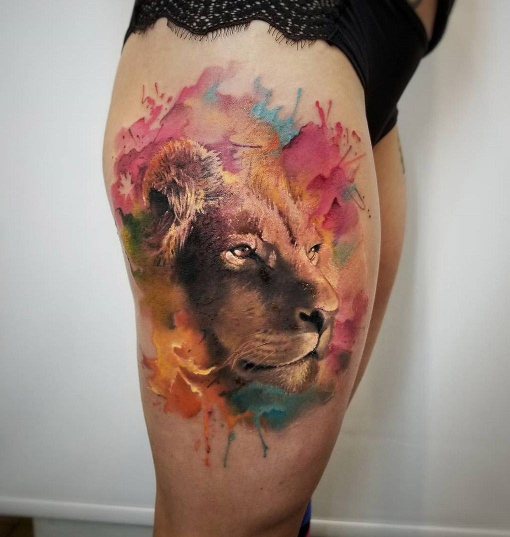 Graceful Lion Portrait Tattoo On Girls Thigh Best Tattoo Design Ideas