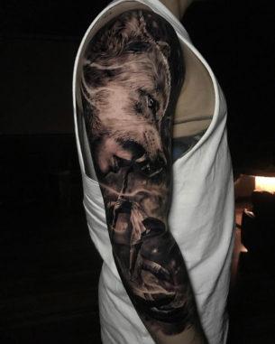 Wolf Sleeve