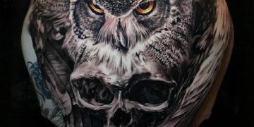 Owl & skull back tattoo