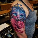 Cheshire Cat & pink roses