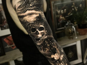 Mens pirate sleeve