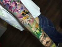 Hedgehog & Bee sleeve
