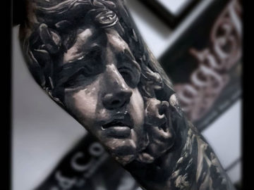 Medusa statue piece