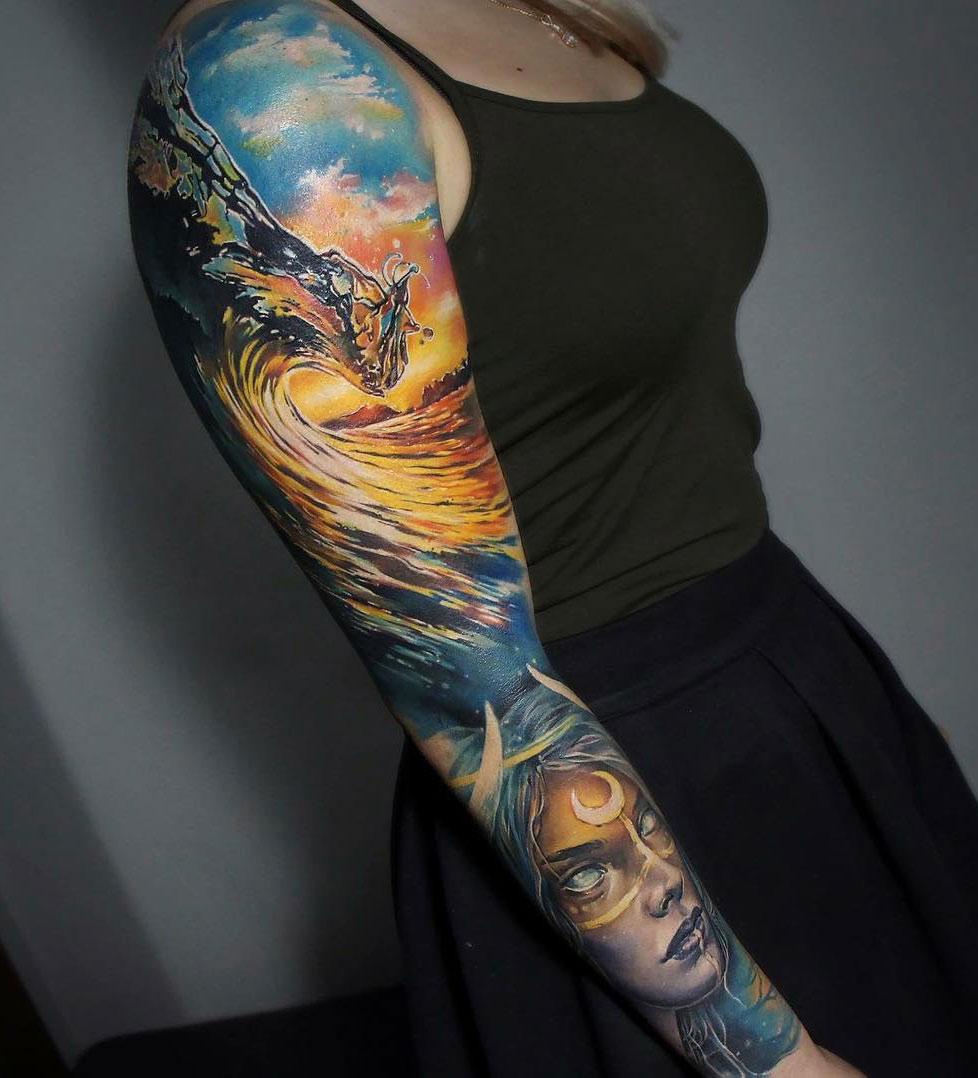 Realism wave sleeve
