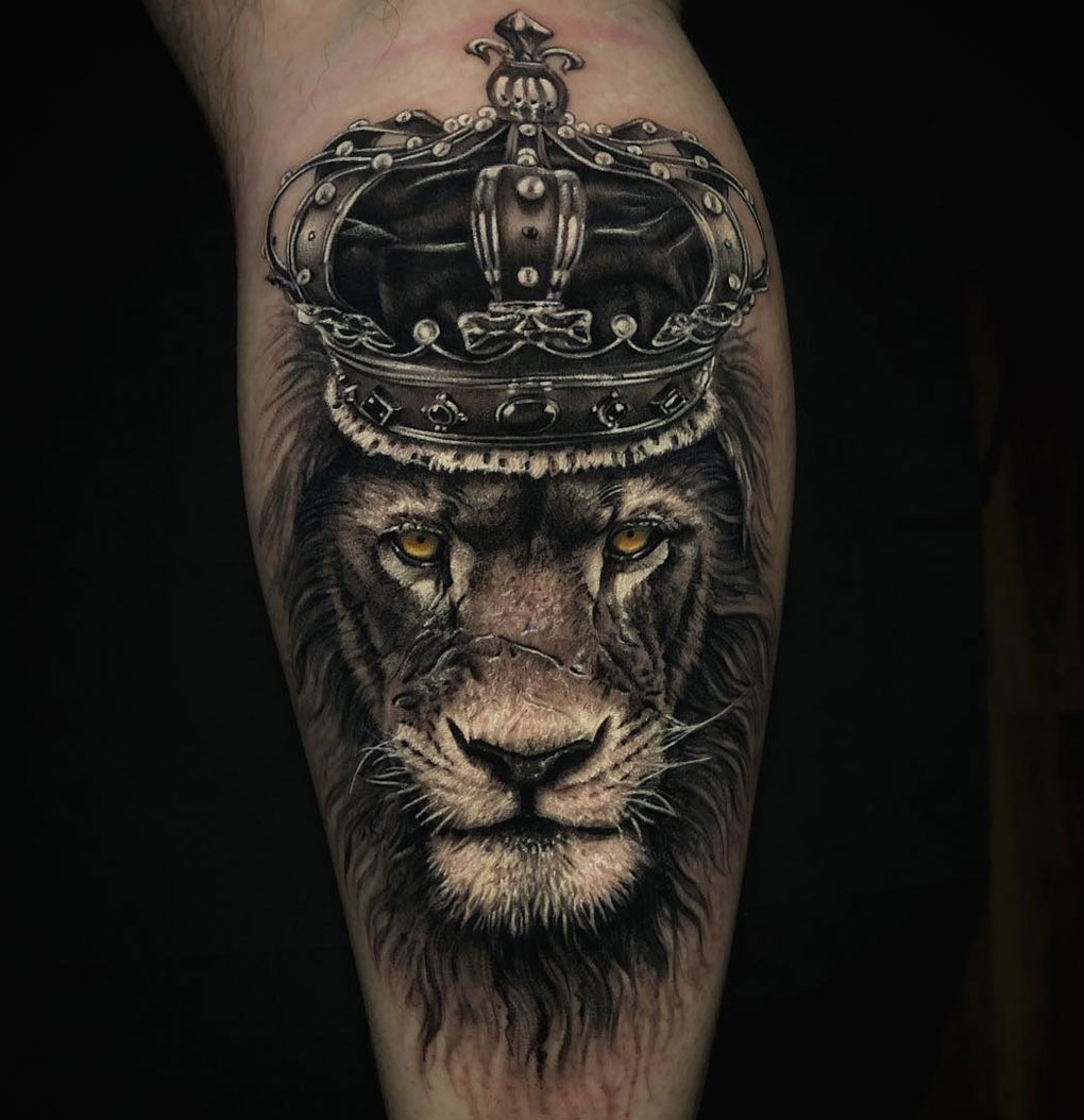 Lion King Wearing A Crown Best Tattoo Design Ideas